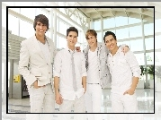 Serial, Big Time Rush, Kendall Schmidt, Logan Henderson, James Maslow, Carlos Pena Jr